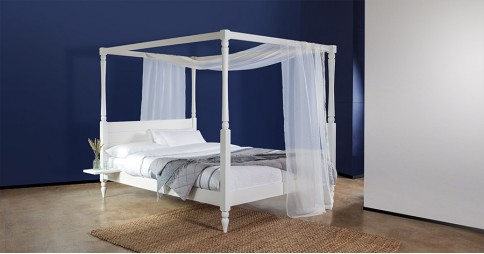Four Poster Canopy Country Bed