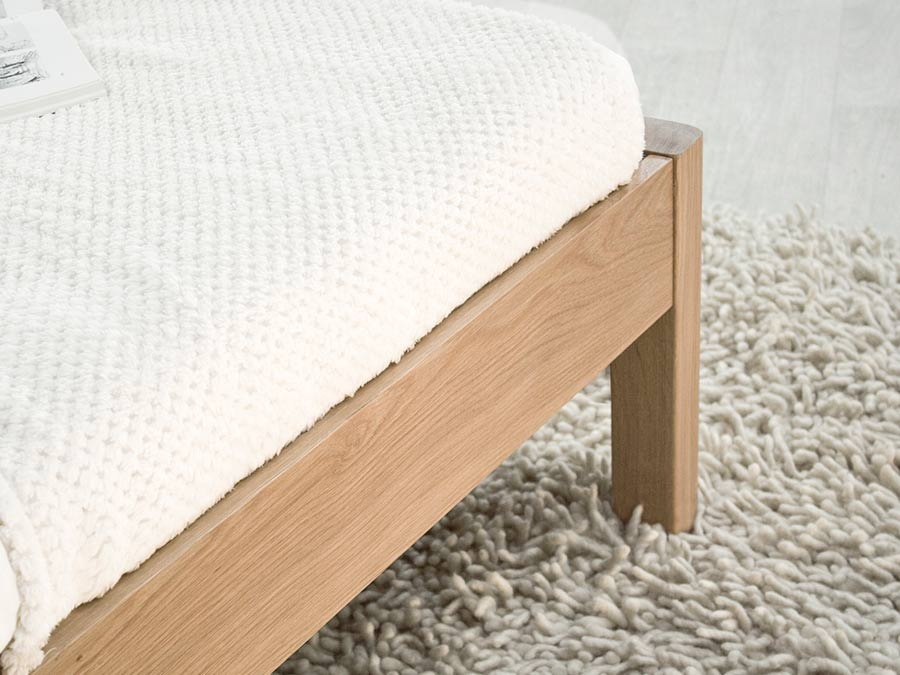Platform Bed No Headboard Get Laid Beds, Queen Metal Bed Frame With Headboard No Footboard